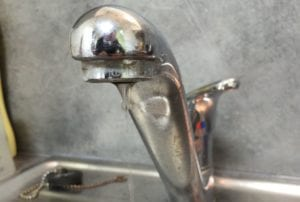 1421-robinet-1.JPG