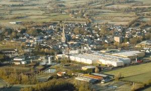 Vue aérienne de Bouvron - Crédits : Photo Aérienne Paramoteur